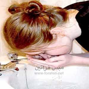 تنظيف الوجه بالبخار في المنزل
