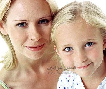البنت سر أمها حتى في اساليب تربية الاطفال