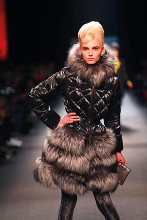 أزياء خريف وشتاء 2011-2012