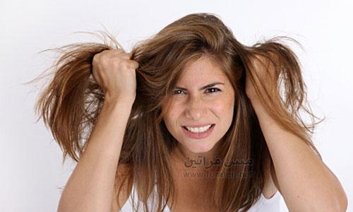 كيف تتخلصين من شعرك الدهني والجاف؟