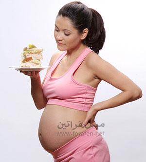 الريجيم أثناء الحمل يهدد صحة الجنين