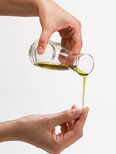 7 وصفات منزلية لأظافر صحية