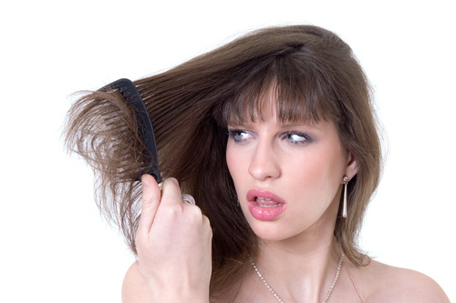 نصائح للحفاظ على نعومة الشعر في الطقس الجاف