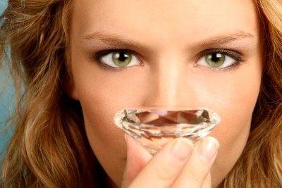 10 اكاذيب عن المجوهرات والمعادن الثمينة؟