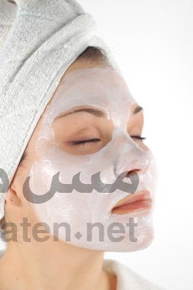 قناع النشا لعلاج البشرة وتنظيفها