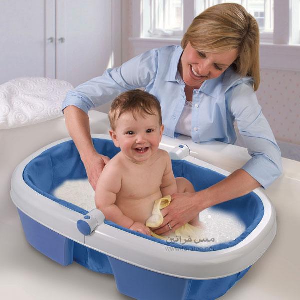 ما درجة حرارة الماء المناسبة لإستحمام الأطفال؟